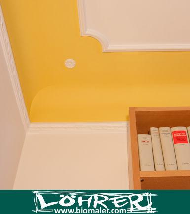 wand farbig streichen abstand decke decke streichen ohne. Black Bedroom Furniture Sets. Home Design Ideas